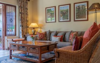 olivers-family-cottage-lounge