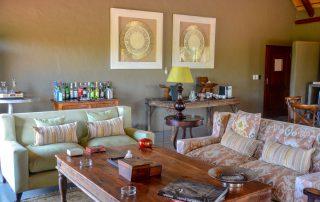 Garonga-Safari-Xscape4u-Lounge-Makalali-Game-Reserve-credit-Alicia-Erickson