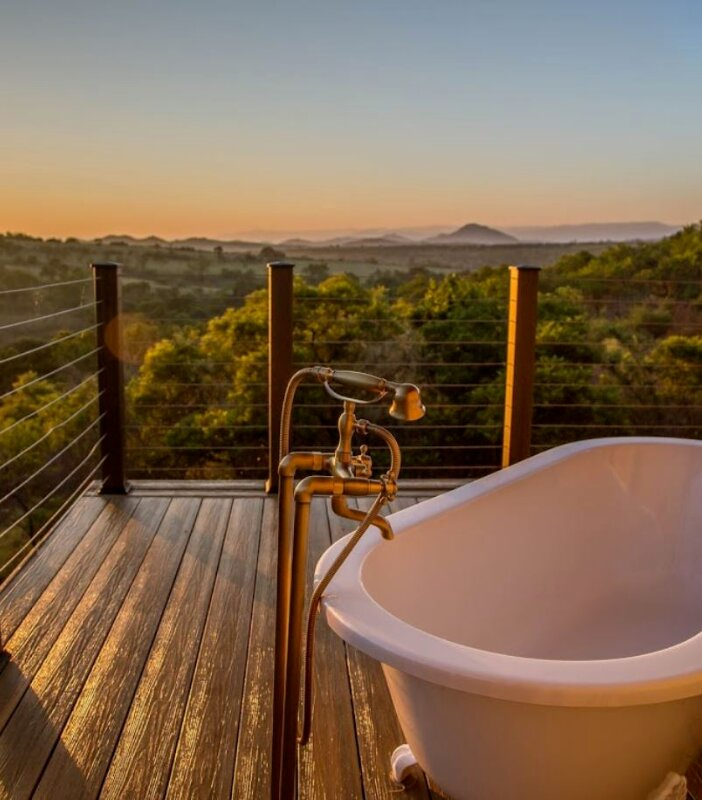 Nkomazi-Outdoor-Bath
