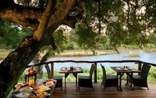 Lion-Sands-Narina-Lodge-Xscape4u-Guest-Dining-Area