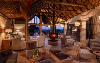 Bukela-Game-Lodge-Xscape4u-Lounge-At-Dusk-Amakhala-Game-Reserve