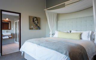 Grootbos-garden-lodge-Xscape4u-cottage-10-second-bedroom