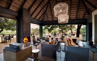 Lion-Sands_Ivory-Lodge_Xscape4u_-Guest-Lounge-Area