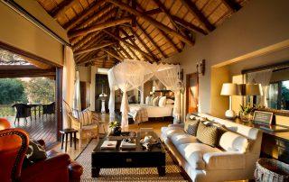 Lion-Sands_Tinga-Lodge_Xscape4u-Suite_Bedroom-Interiors