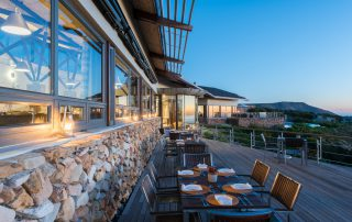 grootbos-forest-lodge-Xscape4u-dining-deck-area