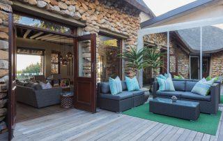 Grootbos-garden-lodge-Xscape4u-courtyard-area