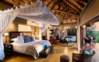 Lion-Sands_Tinga-Lodge-Xscape4u-Suite_Bedroom-Interiors