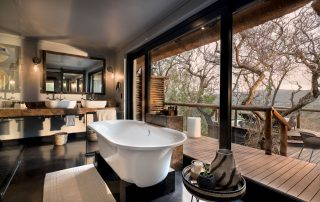 Guest-suite-bathroom-views-at-andBeyond-Phinda-Mountain-Lodge-Xscape4u