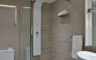 Mabula-Game-Lodge-Xscape4u-Superior-Room-Bathroom