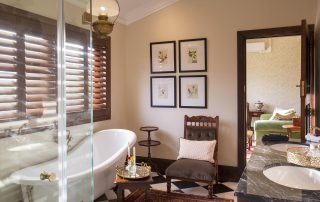 Mills-Manor-Xscape4u-Bathroom-Lalibela-Game-Reserve
