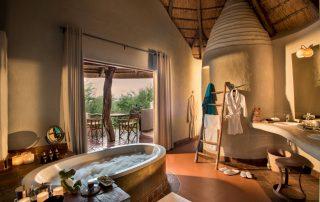 Madikwe-Safari-Lodge_Lelapa-Xscape4u_Suite_Bathroom