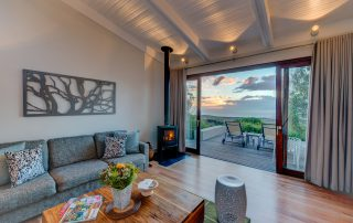 Grootbos-forest-Xscape45u-suite-lux-lounge