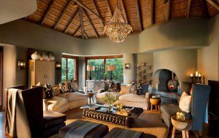 Madikwe-Safari-_Lelapa-Xscape4u-TV-_-Bar-Area