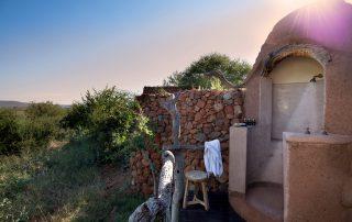 Madikwe-Safari_Kopano-Xscape4u-Suite_Outdoor-Shower
