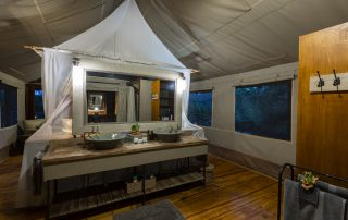 Pafuri-luxury-tented-camp-Xscape4u-Bathroom-Kruger-National-Park