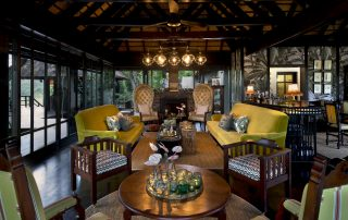 Guest-lounge-area-at-andBeyond-Phinda-Vlei-Lodge