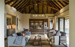 Lion-Sands_Tinga-Lodge_Xscape4u_HiNkweni-Villa_Open-Plan-Living-Area