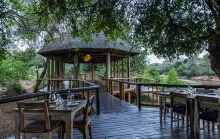 Pafuri-luxury-tented-camp-Xscape4u-Outdoor-dining-Kruger-National-park