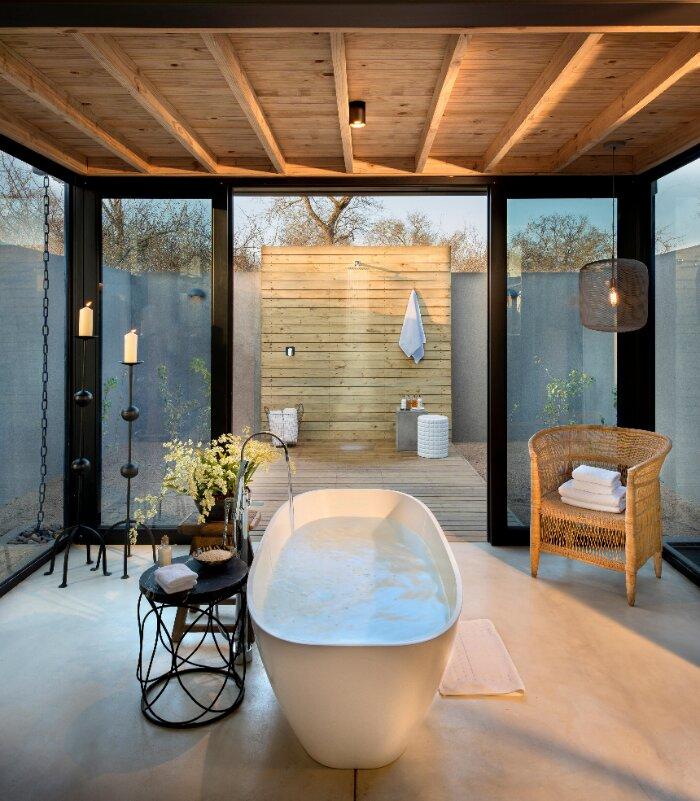 Lion-Sands_Ivory-Lodge_Xscape4u_Fish-Eagle-Villa_En-Suite-Bathroom
