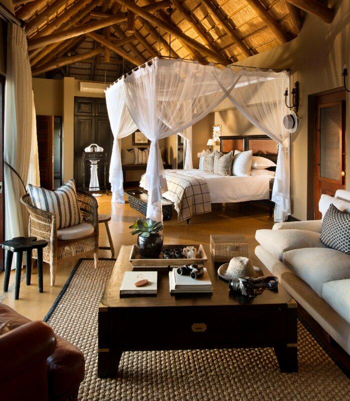Lion-Sands_Tinga-Lodge_Xscape4u_Suite_Bedroom-Interiors