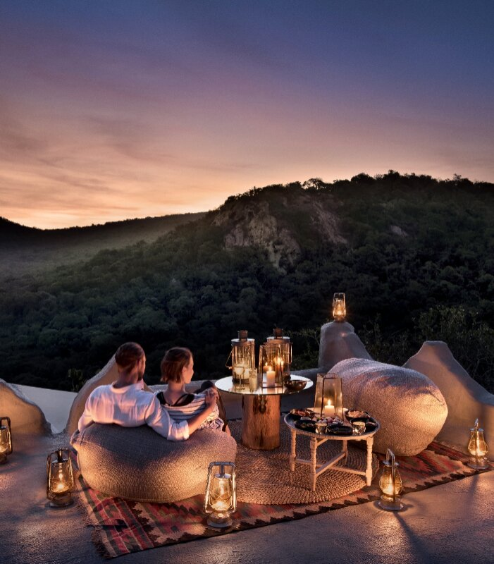 Rooftop-dining-and-romance-at-andBeyond-Phinda-Rock-Lodge-Xscape4u