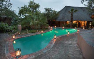 Kambaku-Safari-Lodge-Xscape4u-Swimming-pool-Timbavati-Game-Reserve