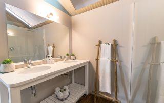Ndhula-Luxury-Tented-Xscape4u-Bathroom-Likweti-Wildlife