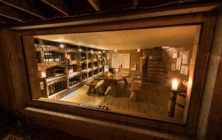 Kambaku-River_Sands-Xscape4u-Dining-wine-cellar-timbavat