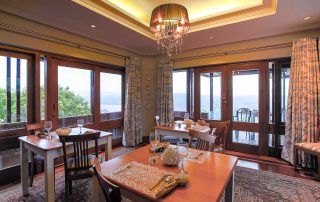 Kambaku-@-Sea-Xscape4u-Dining-Room-1-Sedgefield