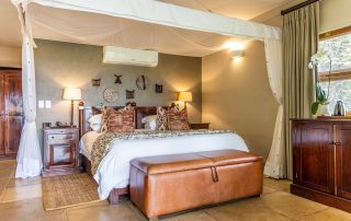 Savanna-Private-Game-Reserve-Xscape4u-Luxury-Suite-Bedroom-Sabi-Sand-Game-Reserve