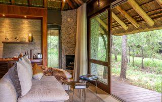Dulini-Leadwood-lodge-Xscape4u-Suite-lounge-Sabi-Sand-Game-Reserve