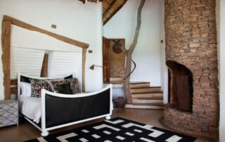 Rora-Molori-Safari-Xscape4u-Sephire-Famiy-Premier-Suite-Madikwe-Game-Reserve