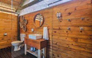 Shindzela-Tented-Camp-Xscape4u-en-suite-bathroom-Timbavati-Game-Reserve