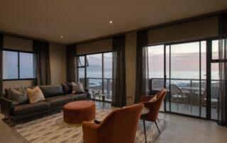 Belle-Maroc-Xscape4u-Boardroom-Bloubergstrand-Cape-Town