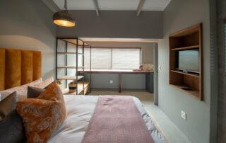 Belle-Maroc-Xscape4u-Deluxe-Room-Bloubergstrand-Cape-Town