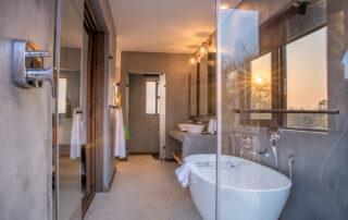 Thanda-Bathroom-Elephant-Point-Kruger-Xscape4u.