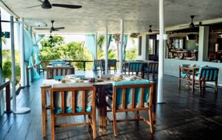 Coral-Lodge-Restaurant-Mozambique-Xscape4u