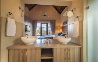 Nyarhi-Lodge-Twin-Suite-Elephant-Point-Greater-Kruger-Xscape4u