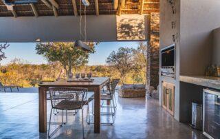 Elephant-Point-Matumi-Outdoor-Dining-Kruger-National-Park-Xscape4u