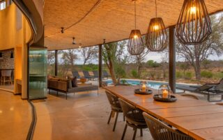 Mpfuvu-Outdoor-Dining-Elephant-Point-Greater-Kruger-Xscape4u-