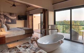 Rhulani-Bedroom-Elephant-Point-Greater-Kruger-Xscape4u