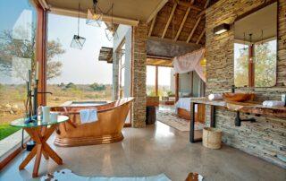 Umganu-bathroom-Elephant-Point-Greater-Kruger-Xscape4u