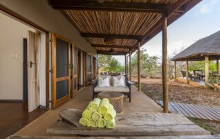 Baobab-Hill-Bush-Xscape4u-verandah-Kruger-National-Park-