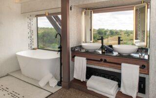Kruger-Shalati-Train-Bathroom-Kruger-national-Park-Xscape4u