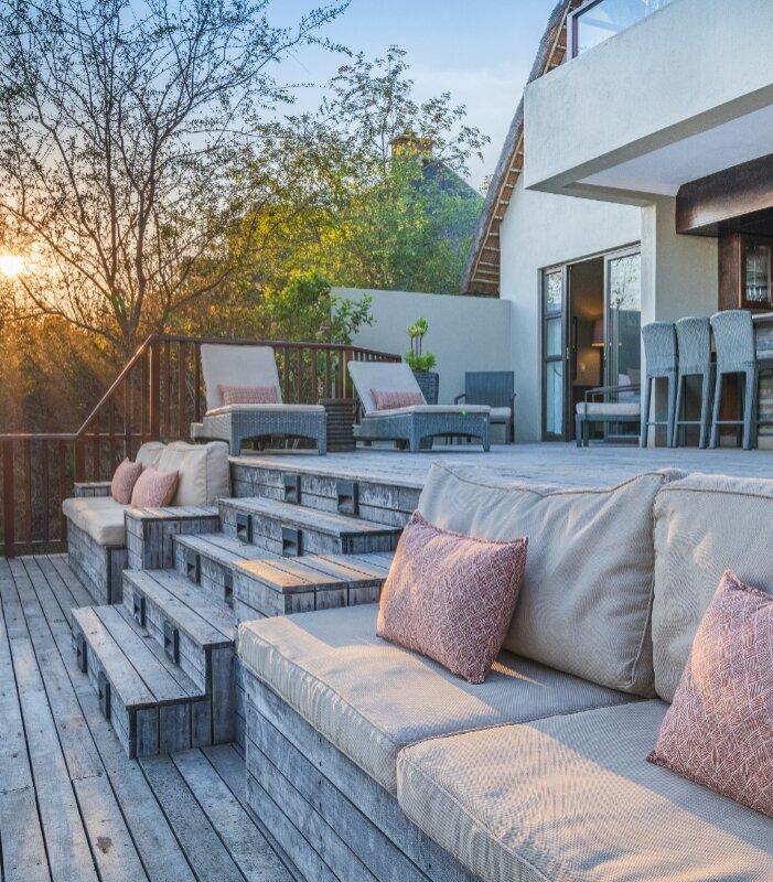 Ndlophu-Lodge-Deck-Elephant-Point-Greater-Kruger-Xscape4u