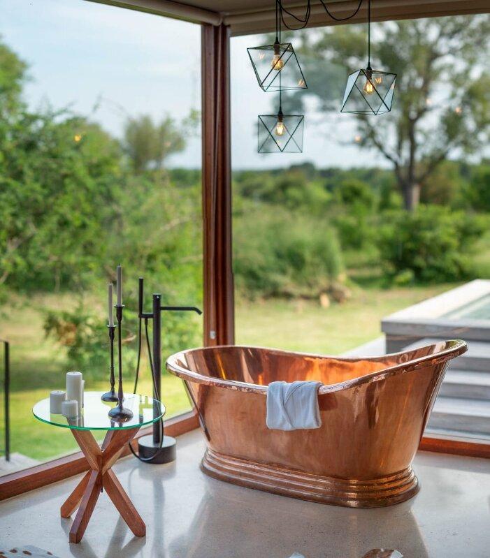 Umganu-Bathroom-Elephant-Point-Kruger-Xscape4u