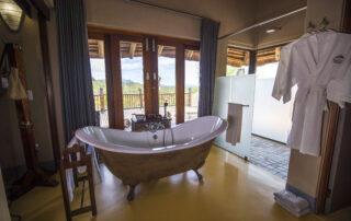Etali-Safari-Bathroom-Madikwe-Game-Reserve-Xscape4u