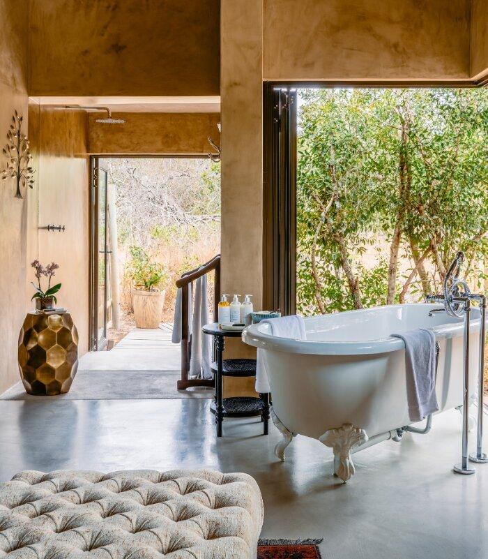 Siviti-Timbavati-Suite-Bathroom-Thornybush-Game-Reserve-Xscape4u